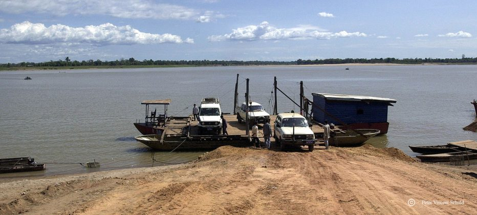 ferry-over-the-mekong-river
