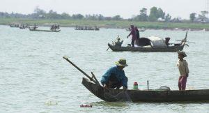 fishing-boat-aat-the-mekon-river